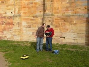 Pruebas de geo-rádar realizadas por AGUICAMP Arquitectura e Ingeniería en las inmediaciones del Monasterio de Moreruela